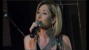 Christine Pepelyan – Es Aprum Em Ete Du Kas (Live)