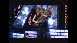 Christine Pepelyan – Shnorhakal Em (Armenia Music Awards 2012)