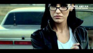 Razmik Amyan Feat. Lilit Hovhannisyan – Qonn Em Darcel